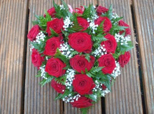 Red Rose Heart Tribute, Burgess Hill